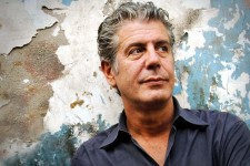 Anthony Bourdain: No Reservations About Social Media
