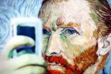 Van Gogh Knows This One Thing About Taking Selfies That Will Restore Your Faith in Humanity.