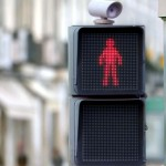 At First, This Looks Like a Traffic Light at a Crosswalk. But When the Red Man Moves… Pure Genius!